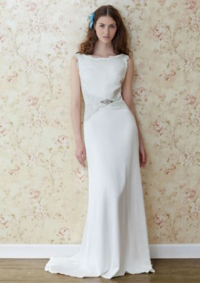 Atelier Lyanna A-line wedding dress in crepe wih emboridery detail and embellishment 01