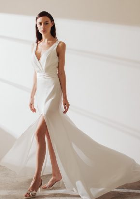 LM-By-Lusan-Mandongus-2019-Bridal-Celosia-minimalist-sexy-mermaid-wedding-dress-01