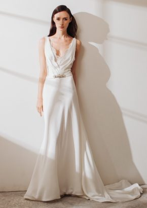 LM-By-Lusan-Mandongus-2019-CARRIE-Embroidered-v-neck-mermaid-crepe-wedding-dress-01