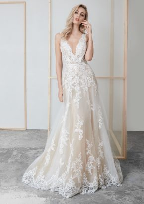 LM-Lusan-Mandongus-2020-Bridal-DAISEY-lace-embroidered-wedding-dress_01