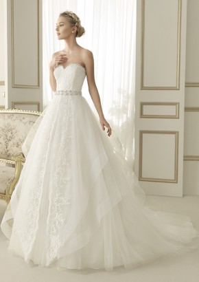 Luna Novias Wedding Dress / Luna Novias 婚紗系列 - LMR Weddings