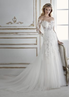 La-Sposa-2018-PIA-embroidered-long-sleeves-A-line-tulle-wedding-dress-01