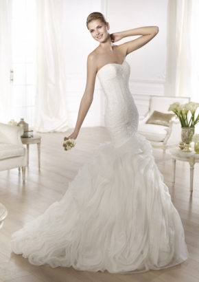Pronovias Mermaid wedding dress with crystal embroidery and ruffle full skirt 1