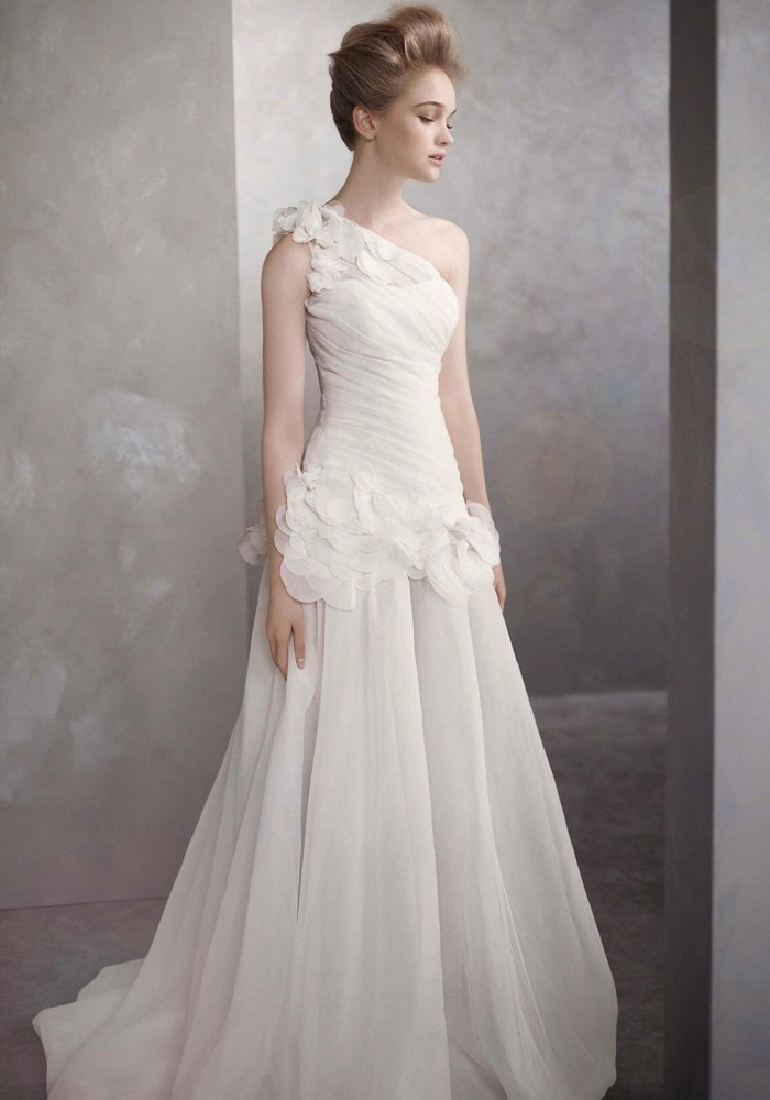 0fda764c8bb66a White By Vera Wang Wedding Dress / White By Vera Wang 婚紗系列 - LMR Weddings