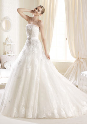 la sposa A-line wedding dress feature embroidery and crystal embellished bell 01