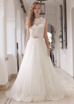 lm by lusan mandongus bridal hong kong - fairytale boat neck princess wedding dress-01