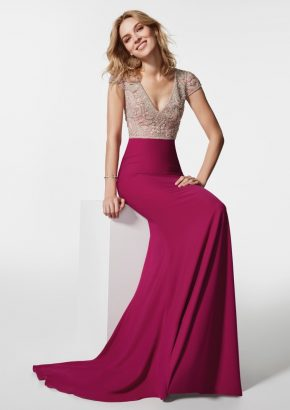 pronovias-GREMIA-embellished-bodice-mermaid-crepe-dress_01