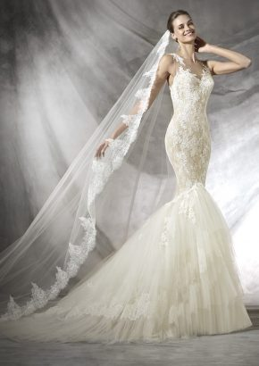 pronovias-TARIFA-lace-embroidered-mermaid-wedding-dress_01