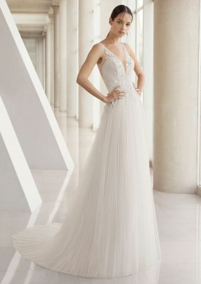 rosa-clara-2019-bridal-kiandra-embellished-flowing-tulle-wedding-dress_01