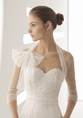 rosa-clara-alcazar-lace-embroidered-A-line-wedding-dress_02