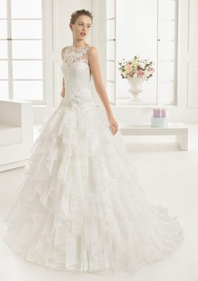 rosa-clara-espejo-beaded-ruffle-princess-wedding-dress_01