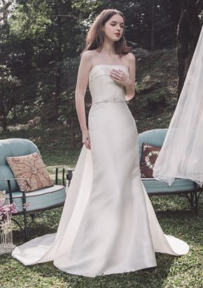 Atelier-Lyanna-September-minimalist-satin-mermaid-wedding-dress-01