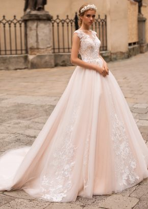 iryna-kotapska-EU2006-embroidered-tulle-princess-wedding-dress_01