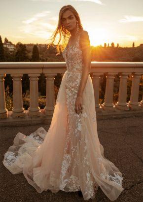 mistrelli-BETTI-floral-embroidered-sexy-mermaid-wedding-dress_01