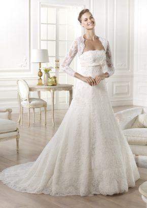 pronovias-GOMERA-embroidered-strapless-lace-wedding-dress_01