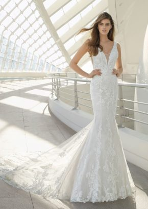 rosa-clara-DARIO-floral-lace-fitted-mermaid-wedding-gown_01